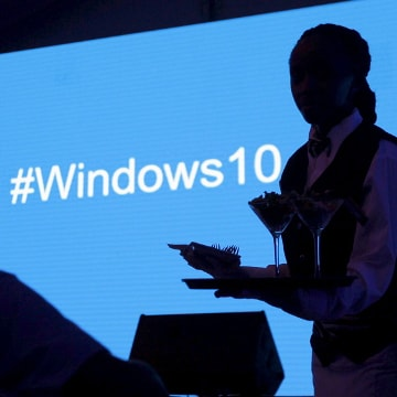 Hackers hacked Windows 10